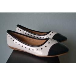 Südametega madalad kingad