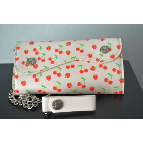 Kirsside ja maasikatega rahakott