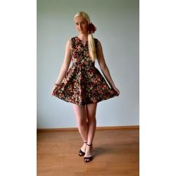 50ndate stiilis must roosimustriline kleit