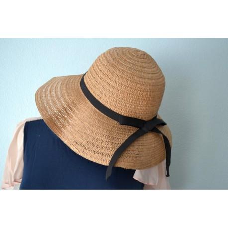 Musta lipsuga kübar