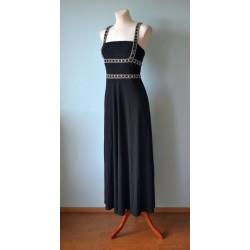 Helmestega kaunistatud pikk must pidulik kleit
