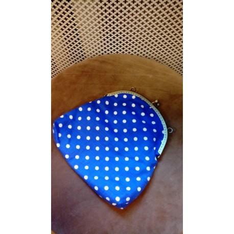 Valgete täppidega sinine münditasku stiilis kangast kott