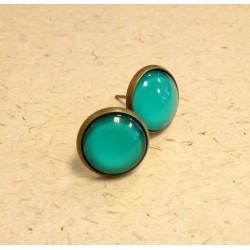 Clear colour cameo earrings