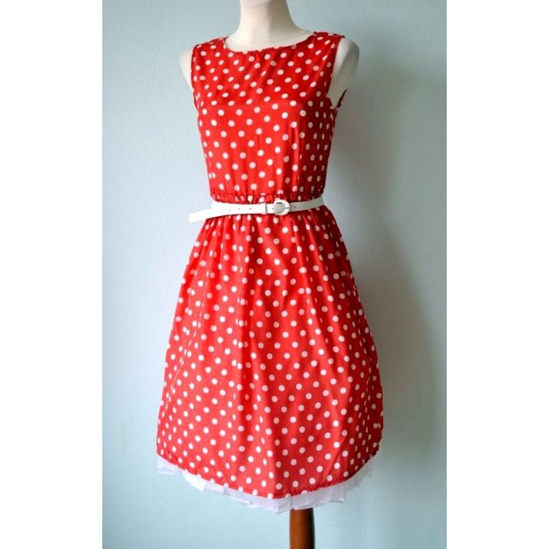 1584bfbf4dc Ilma varrukateta täpiline 1950ndate stiili kleit vööga. Loading zoom
