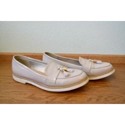 Beežid madalad narmastega vintage stiilis kingad
