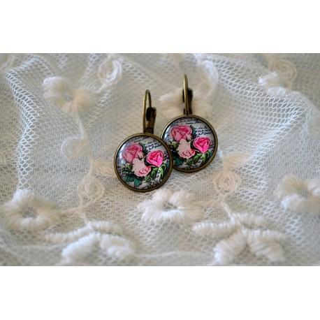 Roosade roosidega kameekõrvarõngad