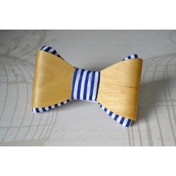 """Kikilips """"Sailor"""" heledast puidust"""
