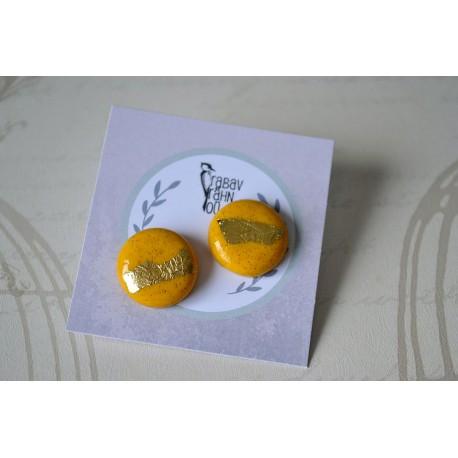 Kullaga kollased ümarad kõrvarõngad