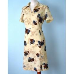 Võõrasemadega beež vintage kleit